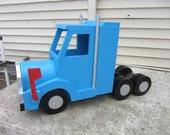 Handmade Custom Wooden Functional  Semi-Truck mailbox