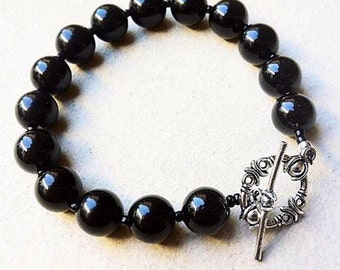 Black Onyx Gemstone Bracelet Antique Clasp.  Beaded bracelet.  One strand bracelet