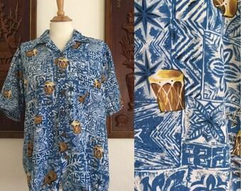 Vintage 80s / Roundy Bay / Congo / Ukulele / Blue and White / Tiki / Short Sleeve / Hawaiian / Shirt / Medium