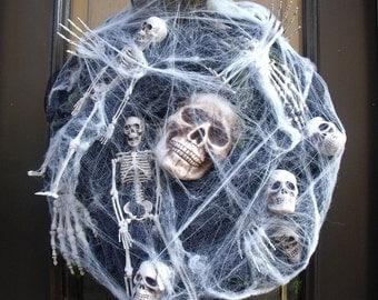 Sinister Halloween Wreath, Skull Wreath, Skull and Bones Halloween Decor, Skeleton Halloween Door Decor, Webs & Bones, Spooky