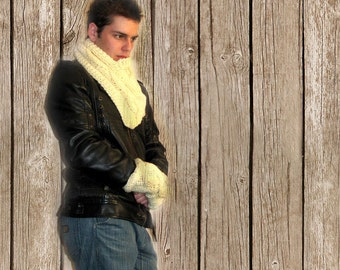 Hand Knitted Man's Neck and Hand Warmers, Mans Winter Warmers, Knitted  Soft Wool Set of Infinity Scarf and Gloves