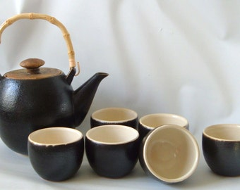 Japanese Studio Stoneware Tea Set Teapot and 6 bowls Signed Vintage
