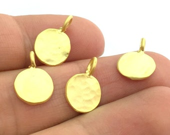 4 Pcs (10mm)   Gold Plated Charm  G5094