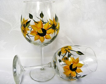 wine glasses, hand  painted wine glasses, decorated wine glasses, sunflower wine glasses