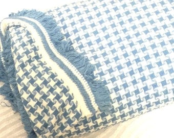 Beautiful blue and white checked woven beadspread with blue fringe