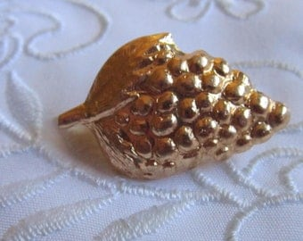 Vintage Gold Tone Small Bunch of Grapes Brooch from Hong Kong