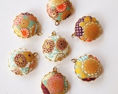 Japanese Print Fabric Charms 20mm Gold Floral set of 7 Charms DIY Earrings, Necklace, DIY Jewelry, Bridesmaid