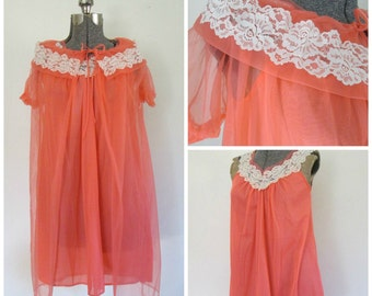 1960s Coral Peignoir Set // Two Piece Nylon Lace Lingerie Nightgown Robe // Sweet Sexy Mid Century