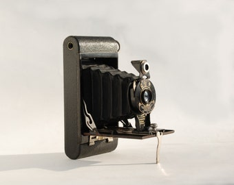 Antique Folding Camera Eastman Kodak, No. 2 Folding  Autographic Brownie, Circa 1925