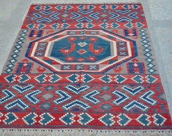 "Lovebirds / New Handwoven Traditional Design Natural Dye Handwoven Turkish Kilim -- 4'5"" x 6'"