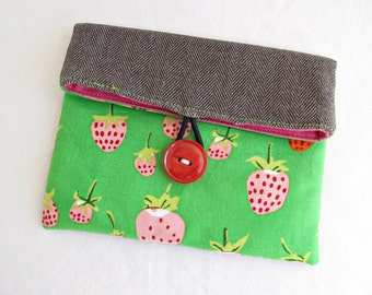 Strawberries/Tween Foldover Button Pouch