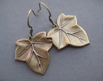 Ivy Leaf Earrings - Ivy Jewelry - Nature Jewelry - Leaf Jewelry - Autumn Earrings - Nature Lover Gifts - Nature Earrings - Autumn Jewelry