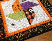 DISCOUNTED 10% Halloween Whirligig 18 inch quilted centerpiece