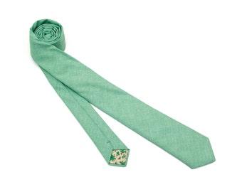 Emerald Necktie