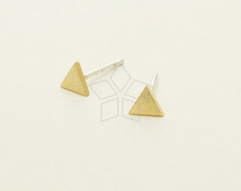 SI-728-GD / 2 Pcs - Dainty Geometric Triangle Studs Earrings, Gold Plated over Brass, with .925 Sterling Silver Post / 5mm x 4.5mm