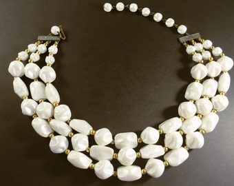 White Necklace, Vintage Jewelry, Vintage Necklace, Multi Strand Necklace, Light Beaded Necklace, Moonglow Necklace, Beaded White Choker