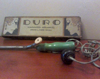 Vintage DURO Curling Iron with Original Box//f511