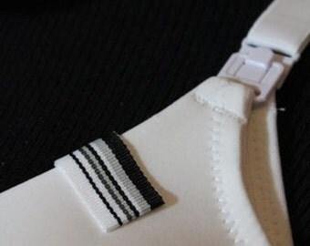 Mammary Minders Nursing Reminder in black, gray, white stripe (B9)
