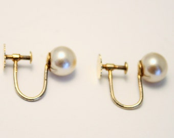 Vintage Lotus pearl earrings. Silver gilt. Screw back earrings. Lotus pearl earrings
