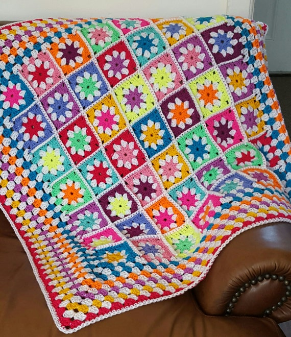 Daisy Granny Squares BRIGHT Blanket Afghan Crochet 40 x 40
