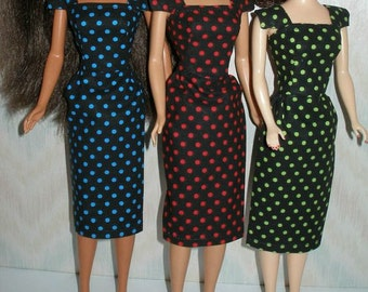 """Handmade 11.5"""" fashion doll sheath - Your choice -vintage style black with your choice of blue, red or green polka dot"""