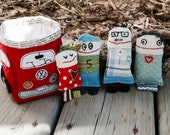 VW Bus softie and little family of dolls, Toys, VW toy basket