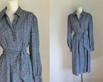vintage 1970s shirt dress -  NAT KAPLAN couture navy & green chevron dress / XL