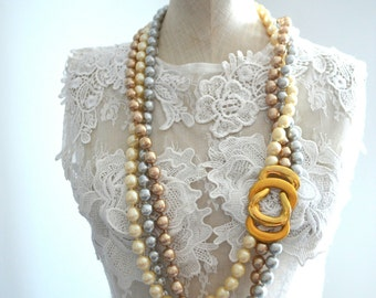 Vintage Multi Strand Baroque Pearls Wedding Statement Necklace/Belt  Silver, Ivory and Gold Pearls
