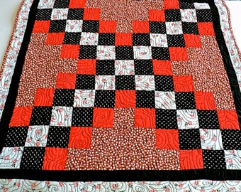 "Quilted Table Runner Handmade / Quilted Table Topper / Quilted Tablecloth - Black, White and Red - 24-1/2"" x 24-1/2"""