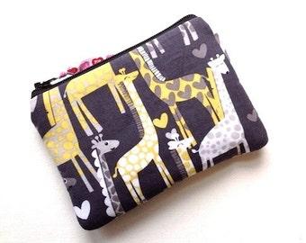 Giraffe Love Small Zipper Pouch Woodland Coin Purse Cute Card Case Padded Gadget Bag Small Cosmetic Case Giraffes & Hearts Grays Citrone