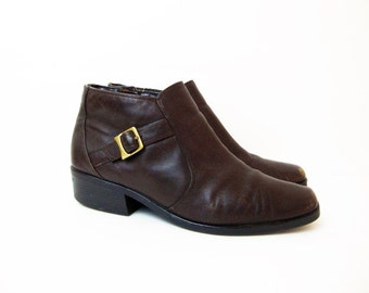 Size 9.5 Brown 90s Low Heel Zip up Ankle Leather Boots Shoes