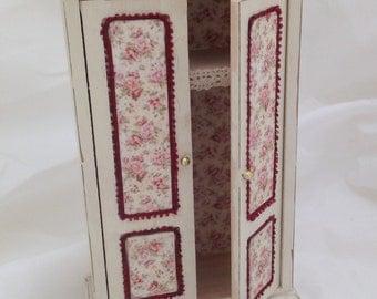 Dolls House Miniatures- Cream floral Wardrobe - NEW AUTUMN 2015