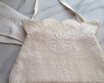 Vintage Bridal Handbag circa 1950s in Cream Silk Satin and Silk Organza