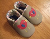 little birds baby girl shoes size 6 / 18-24 months