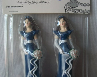 Wilton Pair of Bridesmaids Cake Toppers: Sapphire