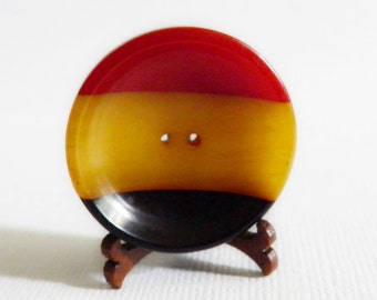 Three Color Bakelite Button Chunky Cup