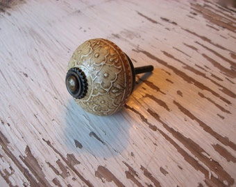 1 Bone Antiqued Hand Painted Knob Drawer Pull for your Drawers or Cabinets Furniture Home Decor Traditional Tribal B-25