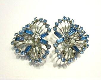 Vintage Blue Rhinestone Earrings Silver Clip Blue Earrings Gift for Mom Gift for Her Vintage Blue Bridal Wedding Jewelry