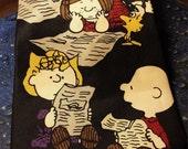 "Peanuts ""who's got the comics?"" tie"