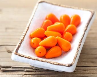 Vintage Glass Beads Baby Carrots Orange Teardrop Beads 16mm