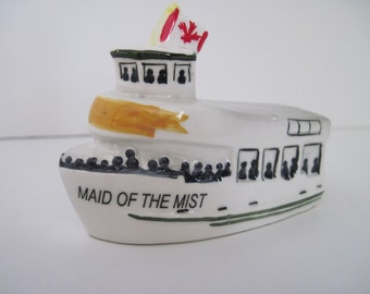 MAID of the MIST - Vintage Salt, Pepper SHAKER - Niagara Falls Tour Boat