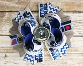 Star Wars Inspired Bow R2D2 Inspired Bow Bottle Cap Bow Girl Hair Bows Boutique Bow Baby Girls Hair Accessories