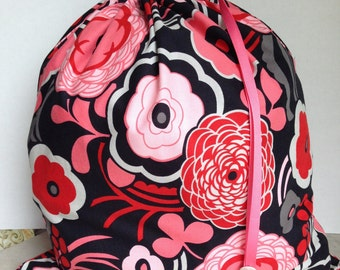 Large Drawstring Project Bag - Sweater Size - red, pink, black modern flowers