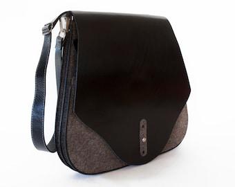 Black Leather and Felt messenger bag, saddle bag purse  - the Flex