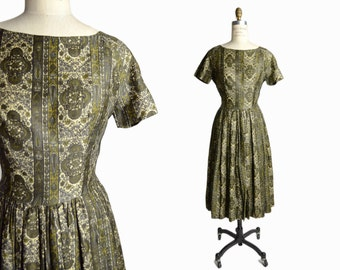 Vintage 1950s Paisley Dress in Olive Green - women's small
