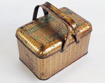Vintage Union Leader Plug Tobacco Tin - Picnic Basket Graphics