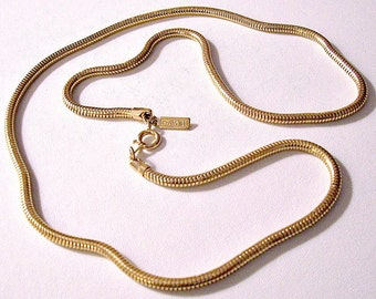 Avon Cobra Link Chain Necklace Gold Tone Vintage Round Weaved 24 Inches Long Square Hangtag Spring Clasp Closure