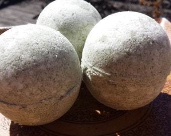 6 Aloe Bath Bombs