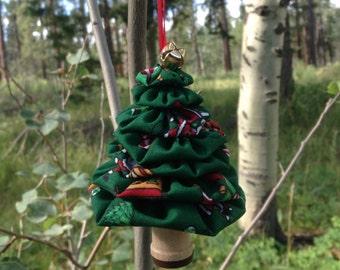 Primitive Santa Train Yo-Yo Christmas Tree Ornament