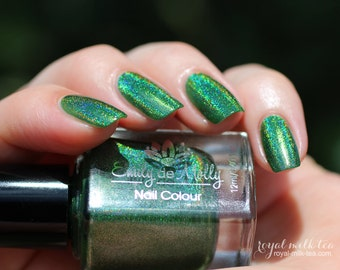 "Nail polish - ""Erratic Behaviour"" Green linear holographic polish"